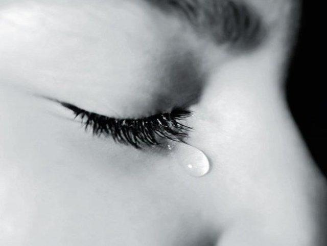 Người đi một nửa hồn tôi mất - Câu thơ tình buồn của Hàn Mặc Tử