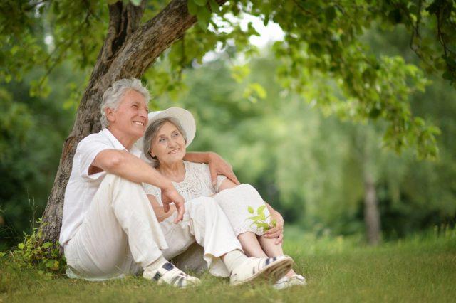 Bài thơ Đôi dép (Nguyễn Trung Kiên) - Khúc ca về hạnh phúc lứa đôi