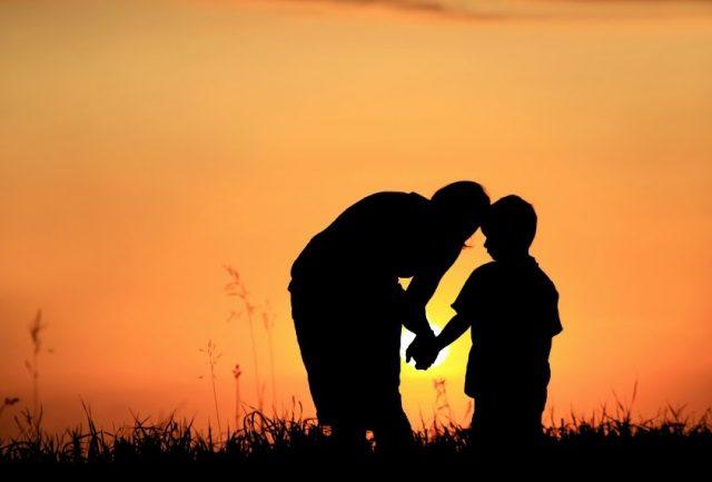 1001 bài thơ cảm ơn cha mẹ, bạn bè cuộc sống đã cho ta yêu thương